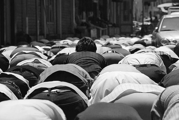 Prayer Time at the Souq